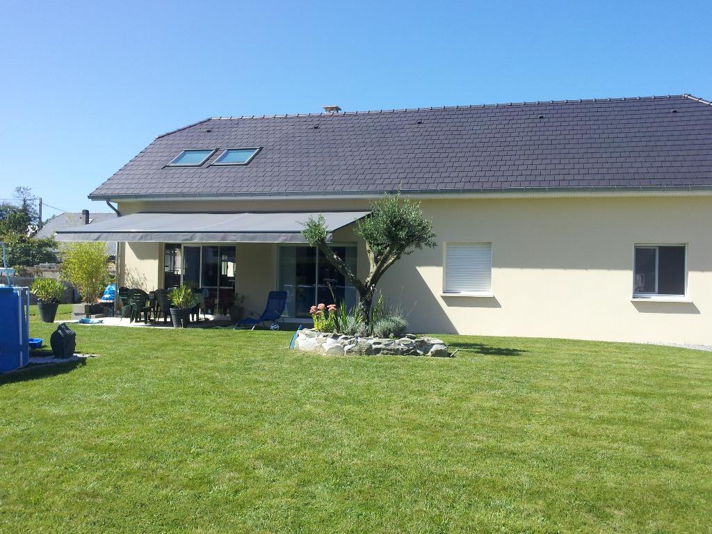 Grande Maison Moderne Style Loft Avec Piscine Au Pied Des Pyrenees