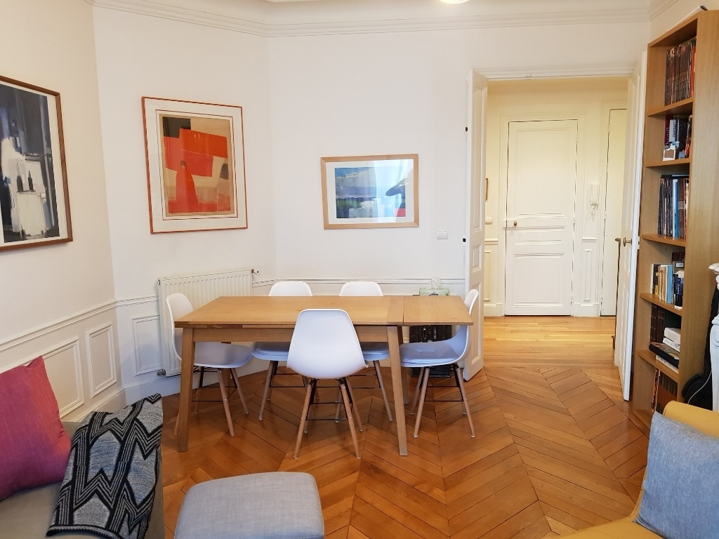 Paris Appartment Exchange: A typical Parisian flat of 107 m2 in an ...